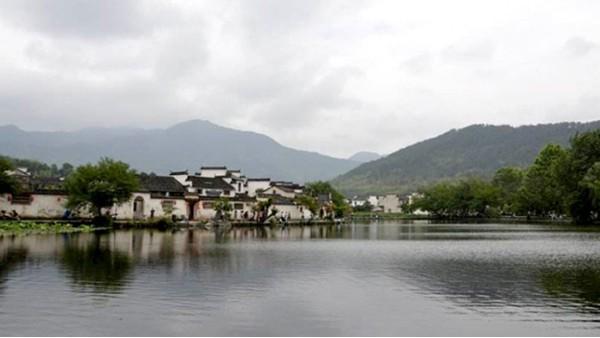 江阴伟吉一年一度的旅游启程啦