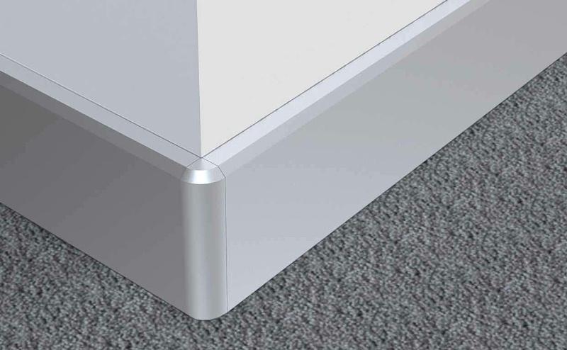 铝合金线槽作踢脚线