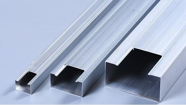 铝合金方线槽的性能特征及安装方法