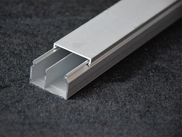 铝合金线槽成品