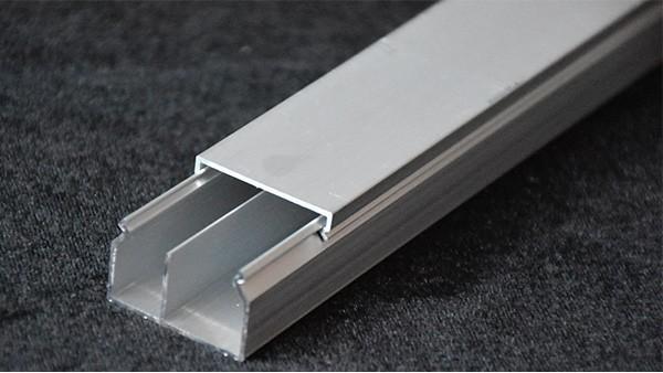 如何保护铝合金线槽成品