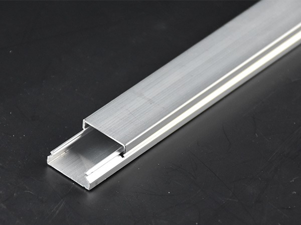铝合金线槽布线技巧与要求